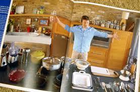 Джейми Оливер. Ужин за 30 минут с видео... Картофель жарено-запеченный, курица с горчицей в белом вине с луком порей, листовая свекла и шпинат и десерт-итальянскийц афагатто