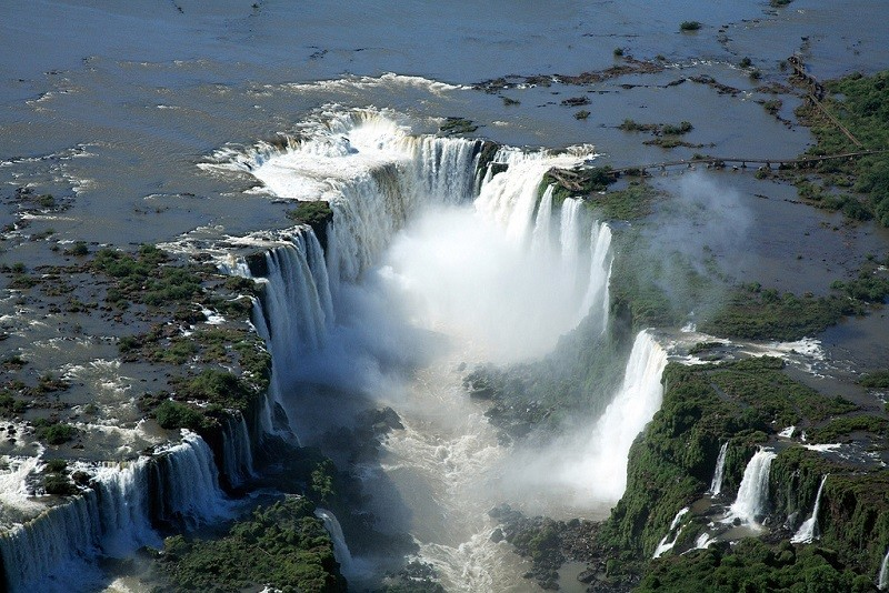Водопады Игуасу - сказочная красота!