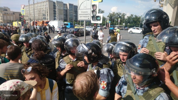 Московский «протест» в американских деталях — новый фильм-расследование ФАН