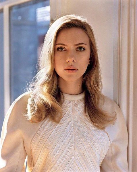 Scarlett Johansson HQ Photo #2 - #WhoIsTheBest?