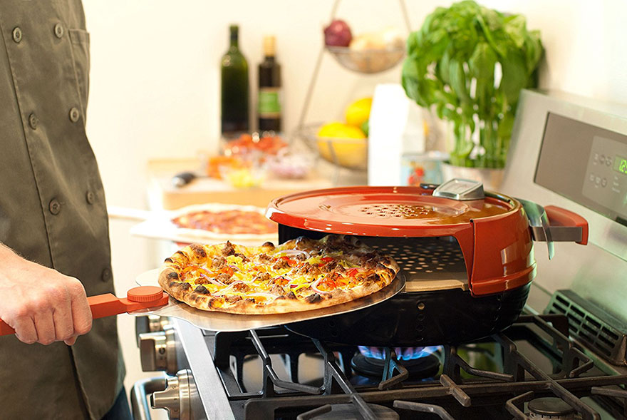 This Personal Pizza Oven Will Let You Cook Pizza In 6 Minutes And It Will Taste As Good As In Pizzeria