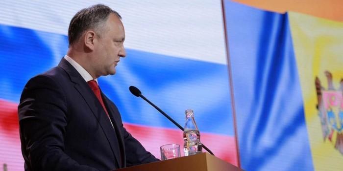 Додон едет в Россию исправлять ошибки