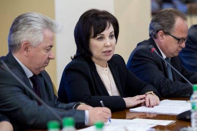 Глава правительства Сахалина Щербина подала в отставку