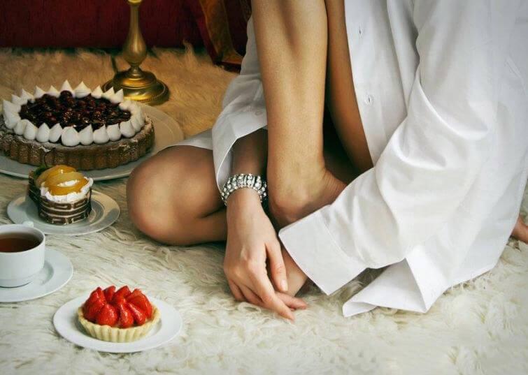 7 вещей, которые не стоит делать после еды