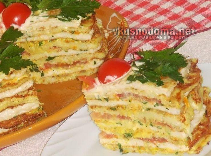 Кабачковый торт с овощами и куриным фаршем