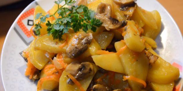 Картошка с грибами, запечённая в рукаве