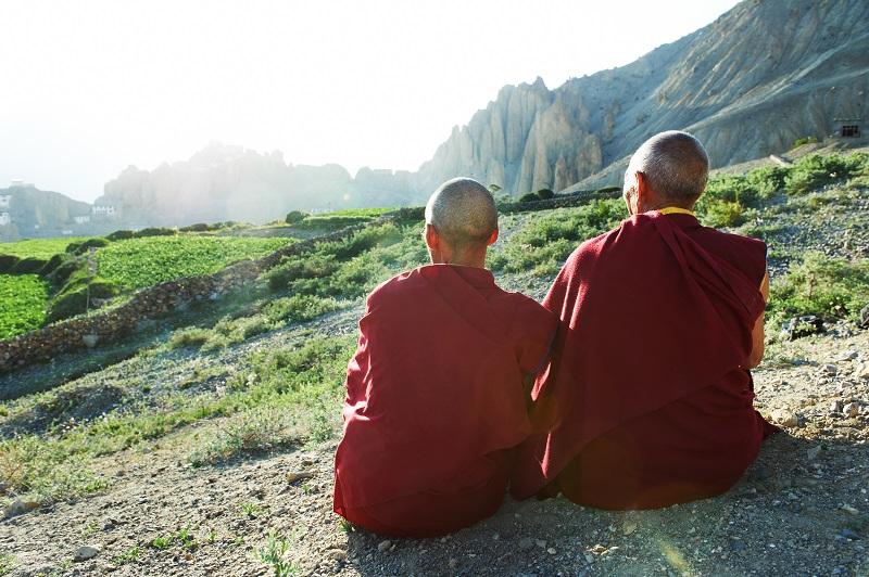 монах артемий