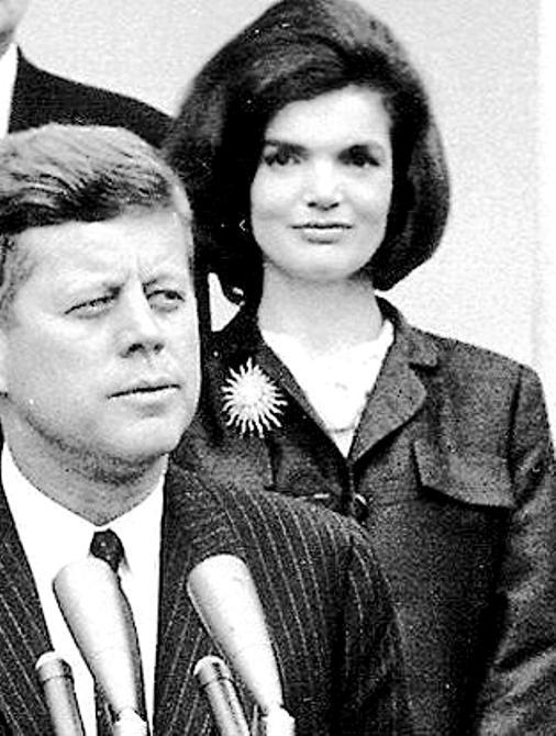 Жаклин Кеннеди -  самая знаменитая первая леди США. Что мы о ней не знаем?