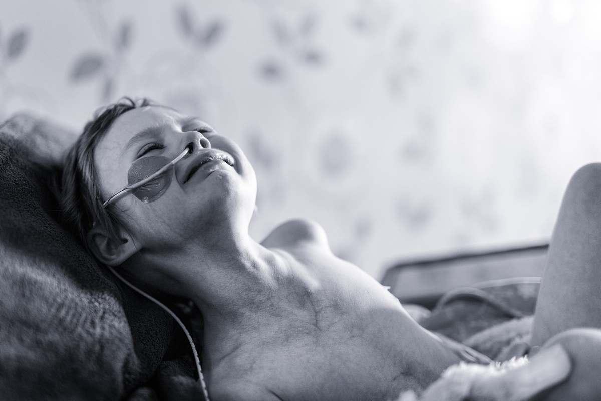 «Это истинное лицо рака»: Отец опубликовал душераздирающее фото 4-летней дочери
