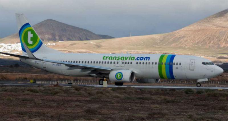 Пилот экстренно посадил самолет из-за пассажира с метеоризмом