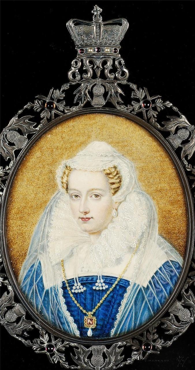 Три короны Марии Стюарт...