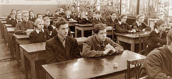 Образование в РФ: советская система демонтирована, а что взамен?