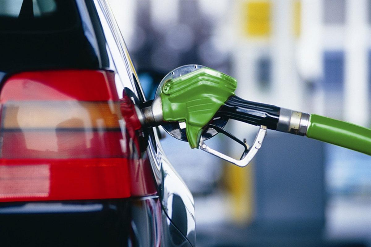 На каждой пятой российской заправке не доливают бензин