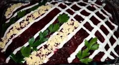 Фото к рецепту: Салат мясо под шубой