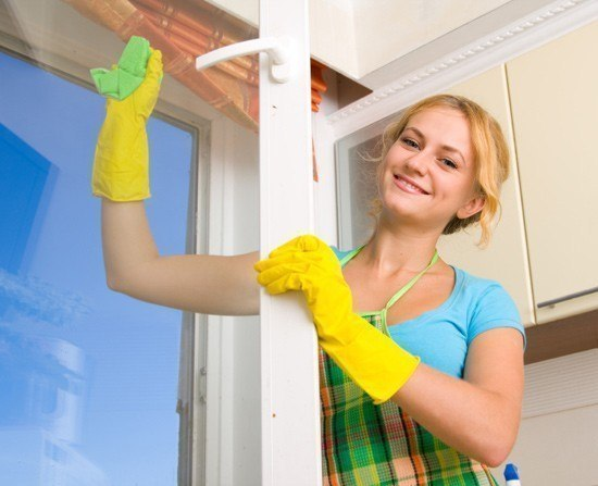 8 проверенных способов эффективной чистки окон.