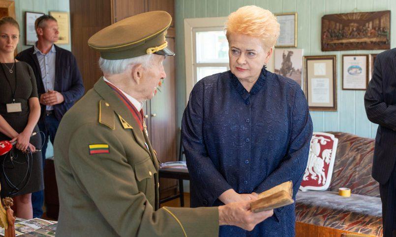 Литва случайно оправдала Ста…