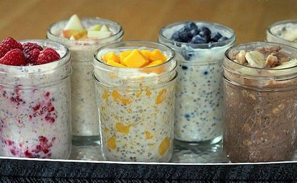 САМАЯ ВКУСНАЯ ЛЕНИВАЯ ОВСЯНКА В БАНКЕ: здоровый быстрый завтрак, который не надо готовить