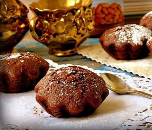 Шоколадные кексы с арахисовой пастой.