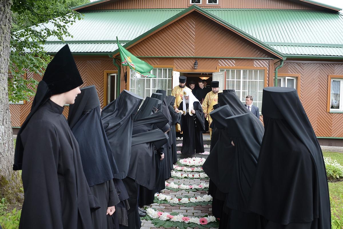 Исповедь одной послушницы монастыря. Если честно - волосы встают дыбом..