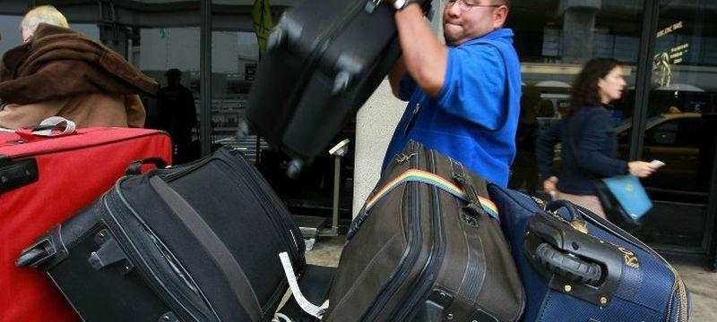 Как обезопасить багаж во вре…