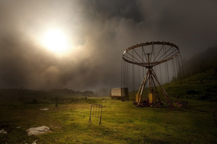 «Карусель в тумане», Марко Стаматович Конкурс компании Velux «Любители света» 2014 года