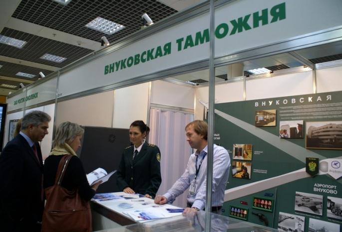 Экс-замглавы таможни «Внуково» арестовали по делу о контрабанде