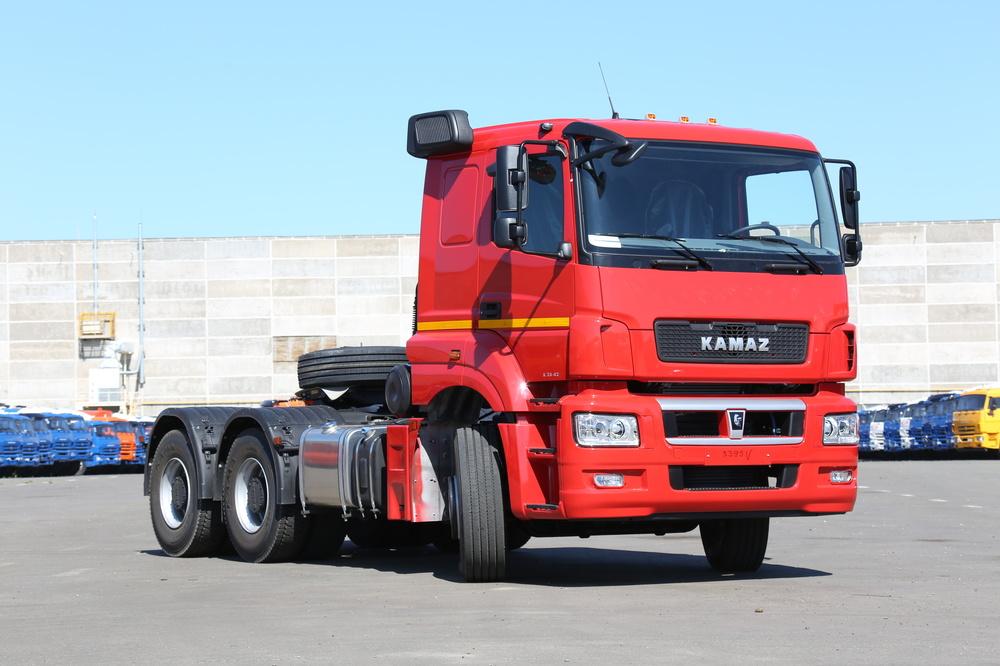 На грузовиках КАМАЗ появились новые спальники