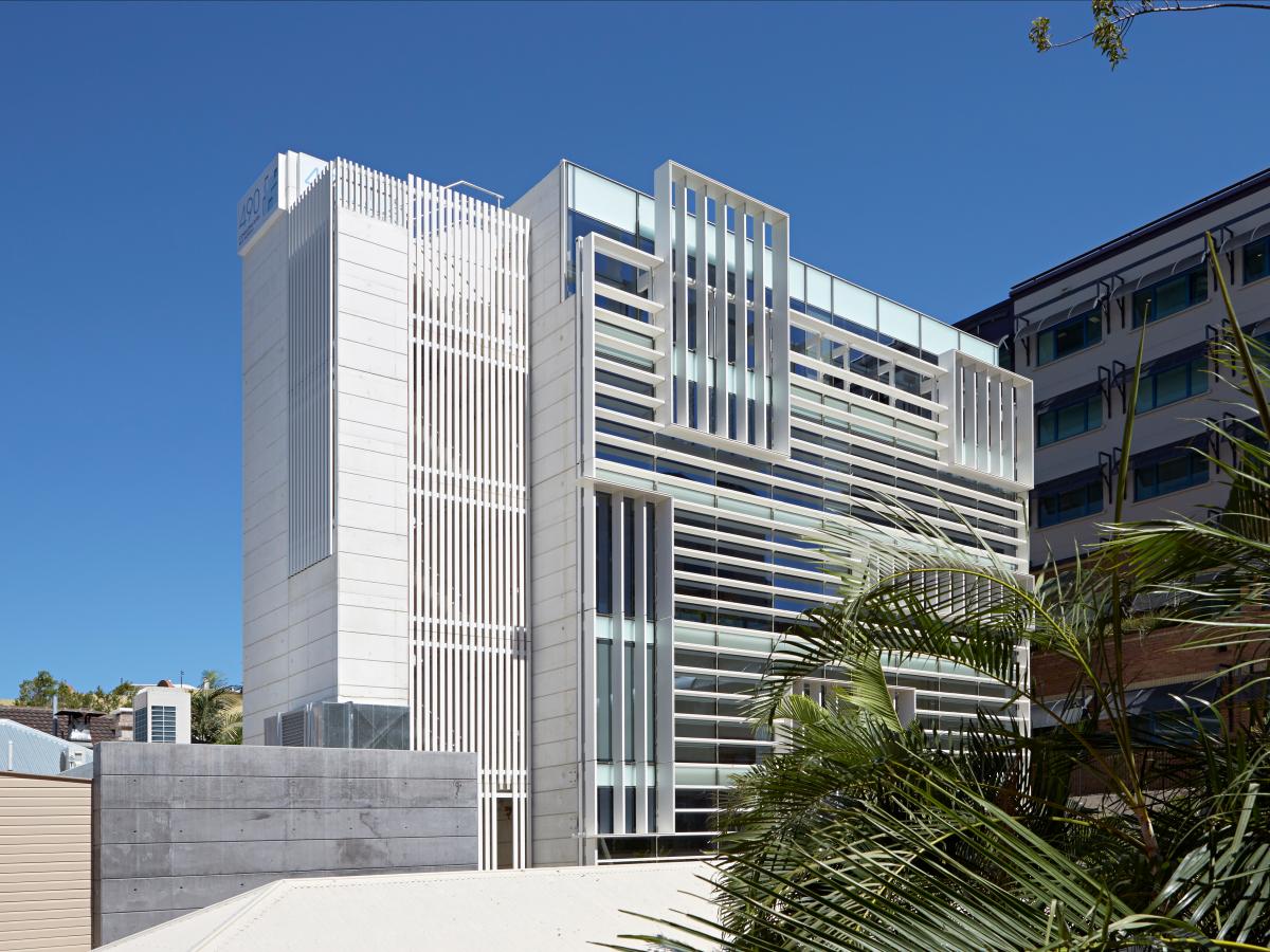Невероятные офисные здания из разных стран мира