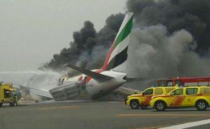 Дубай: самолет сгорел
