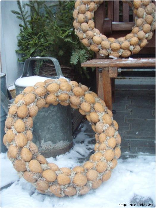 рождественский венок из грецких орехов (46) (525x700, 310Kb)