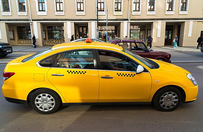 «Наболевшая проблема». Почему таксисты в Москве и Рязани бойкотируют агрегаторы?