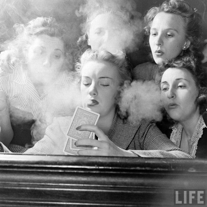 Девичник 1941 года в США: покер, сигары и стриптиз