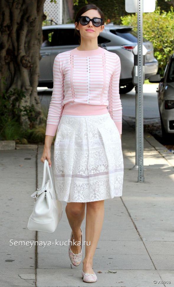 Белая юбка с чем носить: четыре правила
