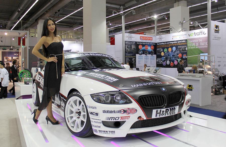 11 Девушки франкфуртского автосалона 2013