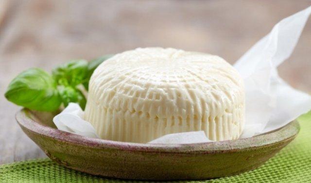 Домашний сыр из творога и молока — вкусно и полезно!