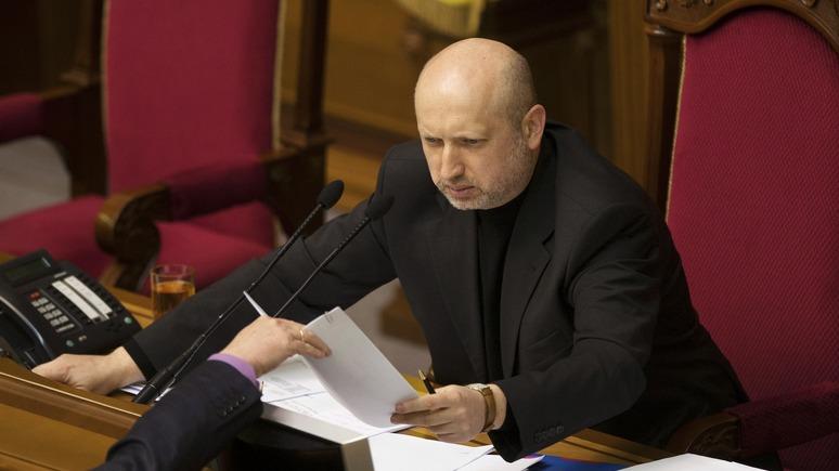 Турчинов: Россия способна вторгнуться на Украину за 2-3 часа