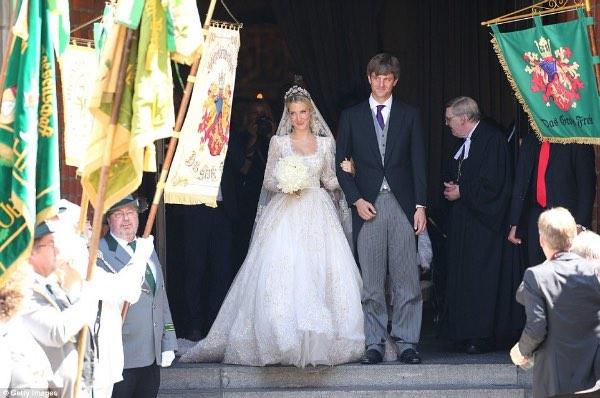 Немецкий принц женился на русской красавице. Как и все сказки, эта закончилась в день свадьбы