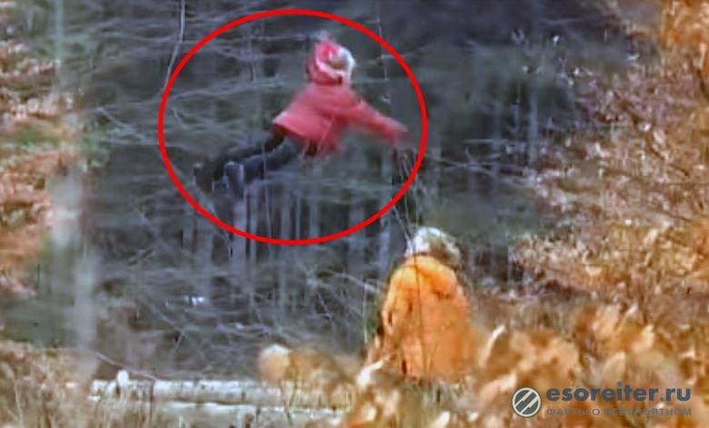 Загадочное видео. Летающая российская девочка: кто она?