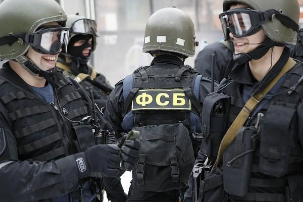 ФСБ задержала в Крыму лидера ОПГ