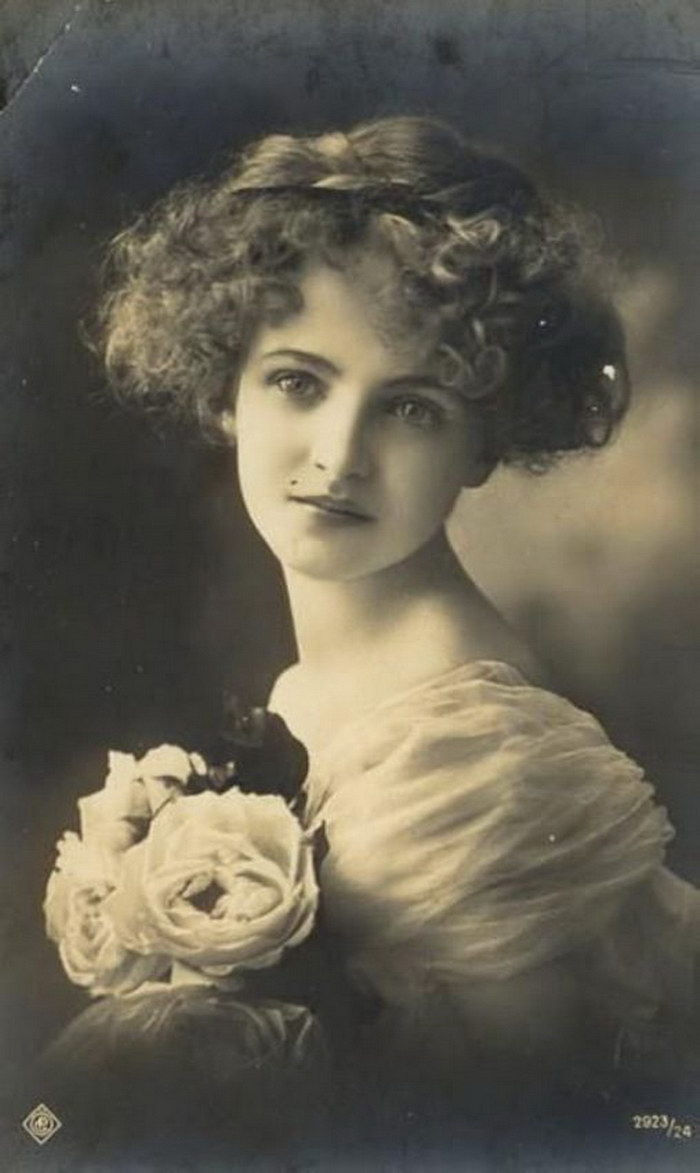 Очаровательные девушки начала 20 века