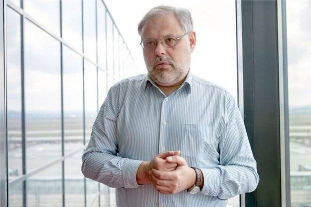 Михаил Хазин: Правительство вступило в предвыборную кампанию на стороне противников Путина