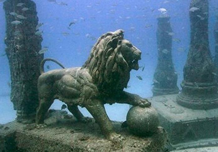 Статуя льва из Дворца Клеопатры. | Фото: allpravda.info.