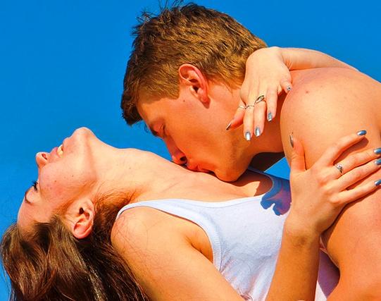 Они могут загубить отношения в зародыше — 7 главных ошибок конфетно-букетного периода