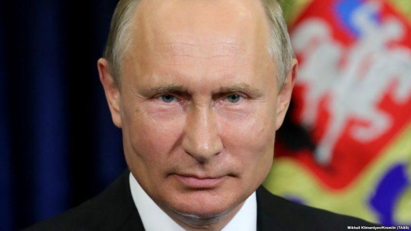 Роль Путина в мире: Россияне…