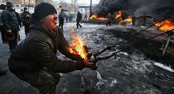 Законопроект № 7187: украинский маразм крепчает. Украинских карателей Донбасса ждёт суд в Гааге