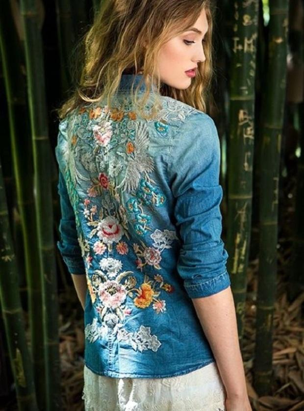 Картинки по запросу jaqueta jeans com bordado