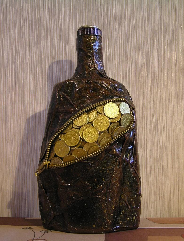 Бутылка из денег своими руками 42