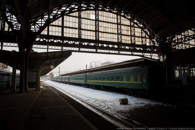 Старейший вокзал страны (24 фото)