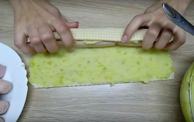 пирожки с сосиской рецепт