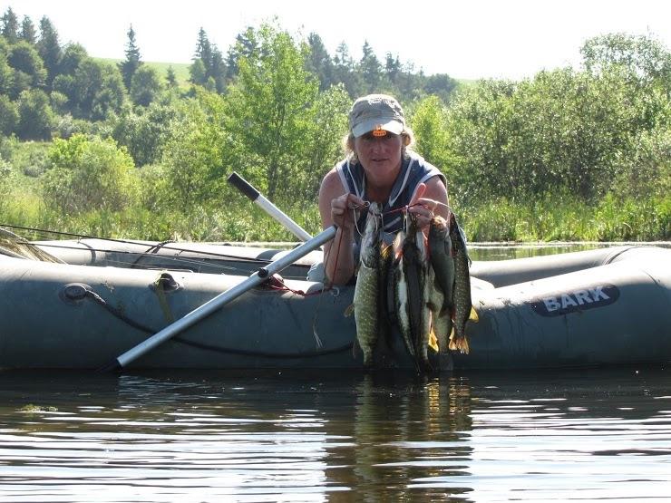 1308. Рассказ подруге о рыбалке.